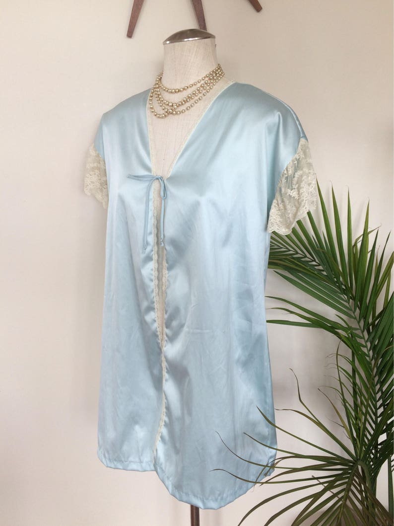 robins egg blue satin 1920s 1980s delicate ivory lace vintage peignoir set negligee and robe TRACEY