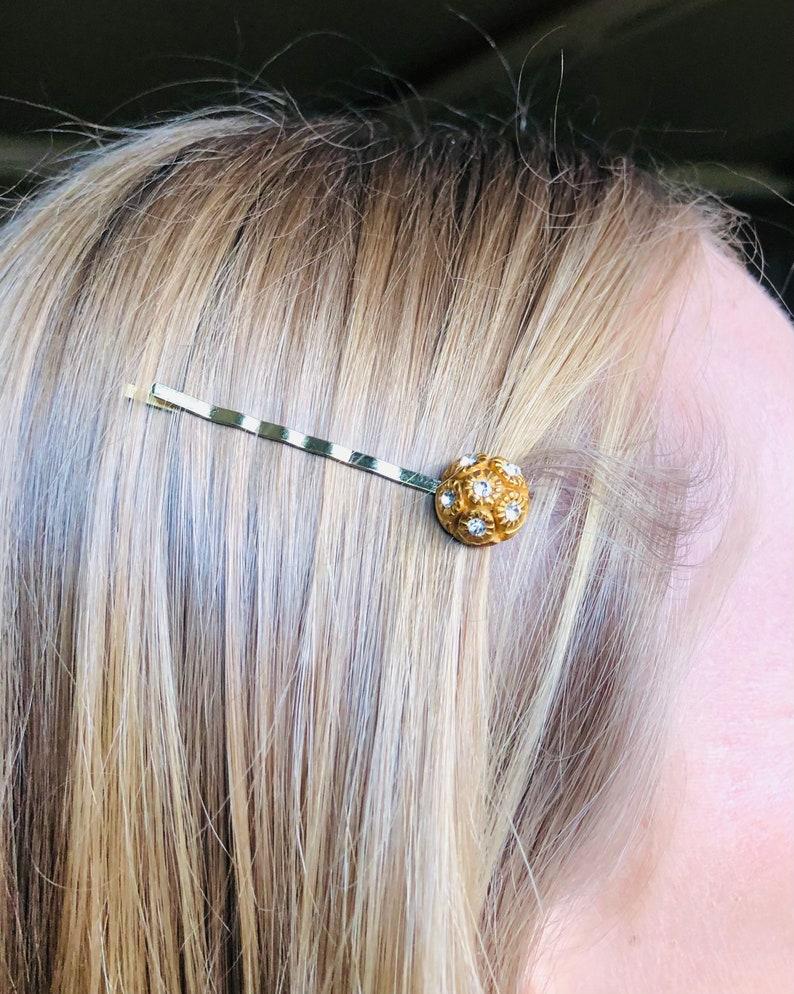 Retro Gold Rhinestone Button Hair Pin