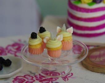 1 to 12 Unicorn cupcake muffin Dolls House