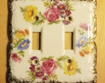 Vtg Japan porcelain pink floral and gold trim double light switch cover plate
