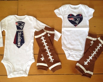 Patriots baby girl or boy! Baby Bodysuit set for little New England Patriots fans.  shower gift idea.