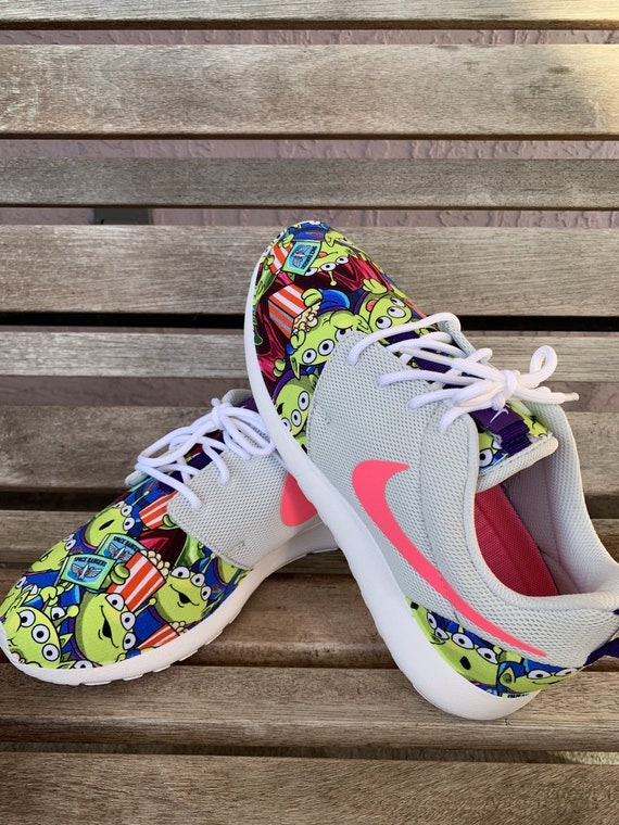 Womens Roshe Gray Pink Toy Story Alien Squeeze Toy Little Green Men LGM Inspired