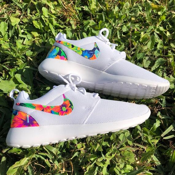 MORE SIZES Nike Roshe Run Tropical Custom Rare