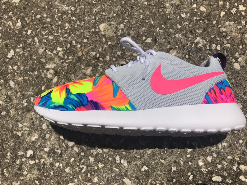 fb3cc53a67f9 Womens Roshe Gray Pink Tahitian Bright Floral Print Sneakers