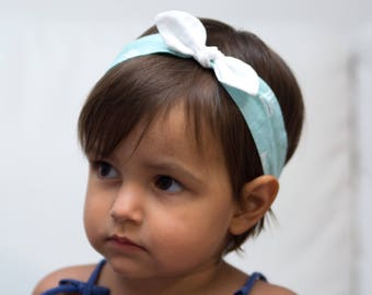 Hair headband for baby or mint-colored mom with white triangles