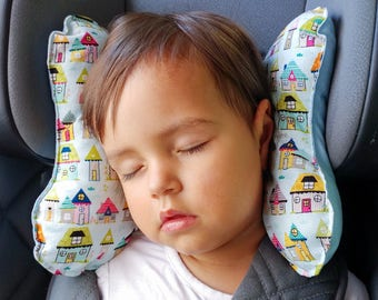 Ergonomic cushion for small children