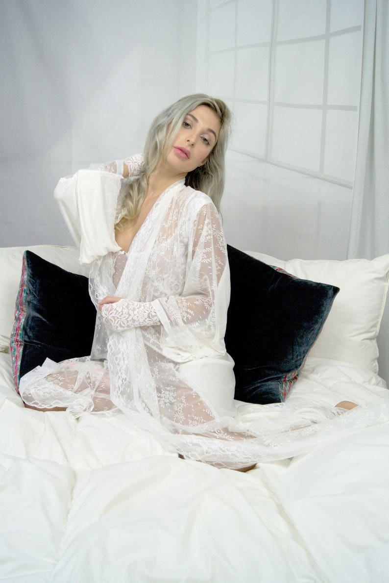 6f4af21202 Beautiful and elegant white french lace tulle night gown.   Etsy