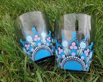 Blue purple mandala stemless whiskey tumblers, blue mandala glass set, purple mandala cocktail glass set, mandala cups, mandala gift