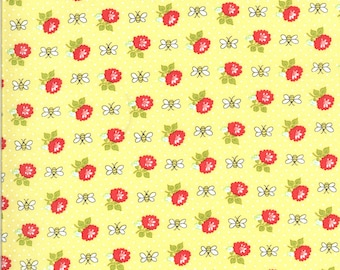 Yellow Bees Fabric - Shine On Fabric - Bonnie and Camille - Moda Fabric - Flower Fabric - Beesley Fabric - Sold by the Yard