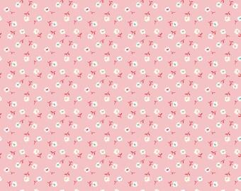 Pink Vintage Daisy Fabric - Vintage Happy 2 - Lori Holt