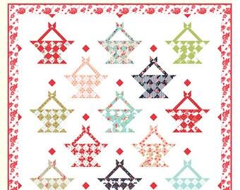 """Summer Love Quilt Pattern - Bonnie Olaveson - Cotton Way - Moda Fabric - Smitten Fabric - 84"""" x 84"""" Quilt"""