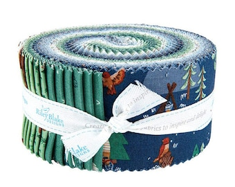 Camp Woodland Jelly Roll - Natàlia Juan Abelló - Riley Blake Fabrics - Outdoor Fabric - Animal Bundle - Camping Fabric - 40 pieces