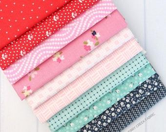Retro Flowers Fat Quarter Bundle - Fabric Bundle- Fat Quarter Bundle - Flower Fat Quarter Bundle - 10 pieces