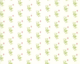 Snowflake Green Blooms Fabric - Christmas Figs II Fabric - Fig Tree and Co - Moda Fabric - Holiday Fabric - Floral Fabric - Sold by the Yard