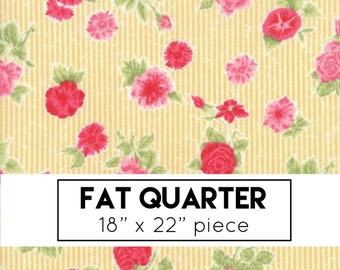 Fat Quarter | Cottontail Cottage - Yellow Rose Fabric - Bunny Hill Designs