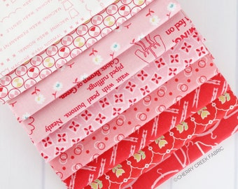 Vintage Happy 2 Red & Pink Fat Quarter Bundle - Lori Holt