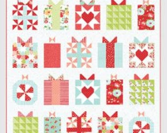 """Handmade with Love Quilt Pattern - Thimble Blossoms Pattern - Camille Roskelley - Bonnie and Camille - Fat Quarter Pattern - 74"""" x 75"""" Quilt"""