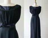 1940s black silk evening gown . Vintage 40s long cocktail dress . Frank Starr Original grecian maxi party dress . Medium