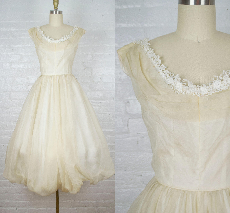1950s Hats: Pillbox, Fascinator, Wedding, Sun Hats Emma Domb 1950S Tea Length Silk Chiffon Ecru Wedding Dress . Vintage 50S Evening Gown Xsmall $0.00 AT vintagedancer.com