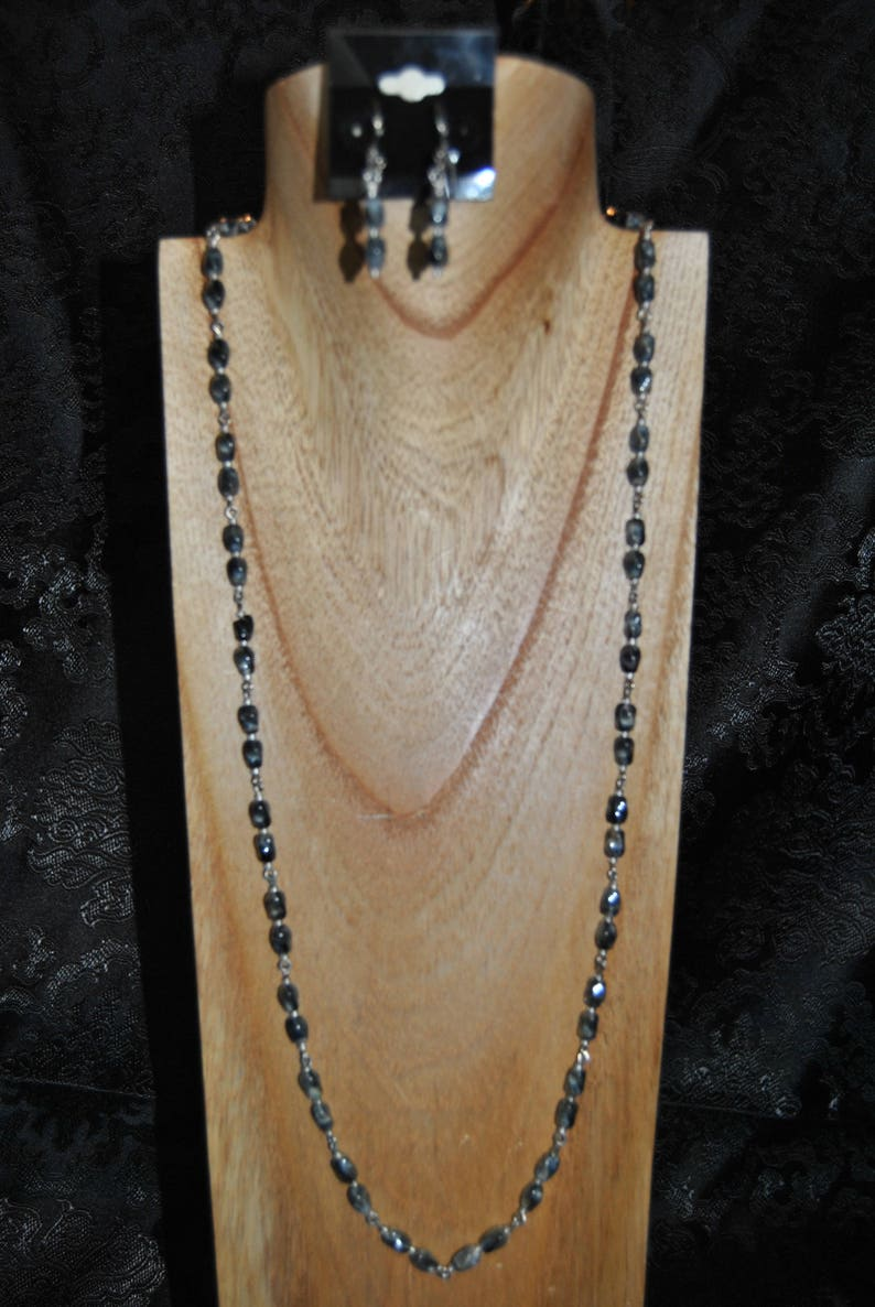 Black and White Link Necklace Set