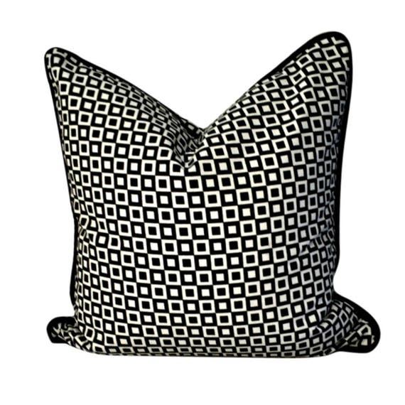 Pillow Cover with Checks, Black and White Pillow, White and Black Pillow, Pillow with Squares, Retro-Style Pillow, Outdoor Pillow