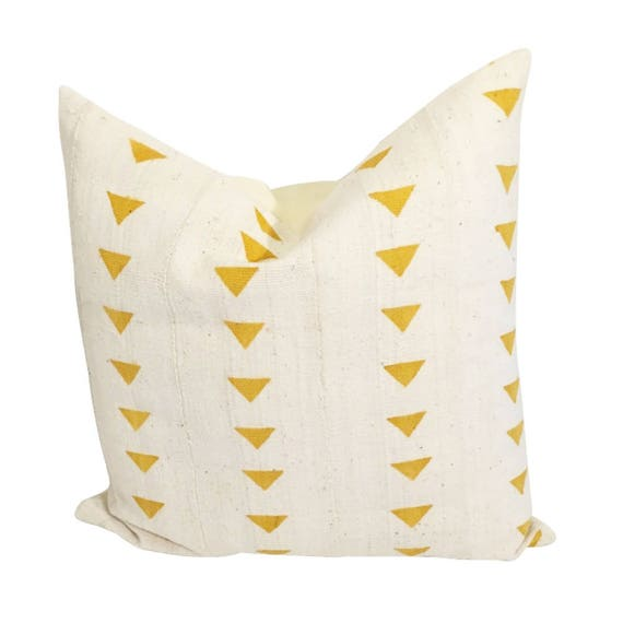 Yellow and White Mudcloth Pillow Cover, Arrow Mud Cloth Pillow, Yellow and White Pillow,  Ethnic Fabric Pillow, African Decor