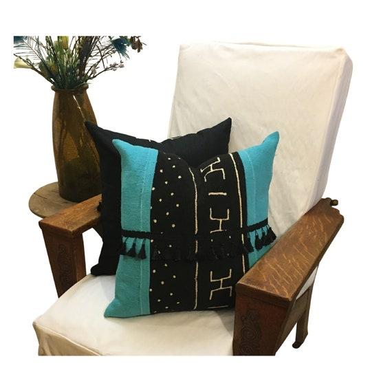 Mudcloth Arrow Pillow Cover, Tassels on Pillow, African Mud Cloth Pillow