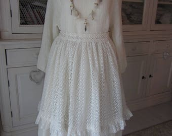 macramé lace and ecru fabric apron