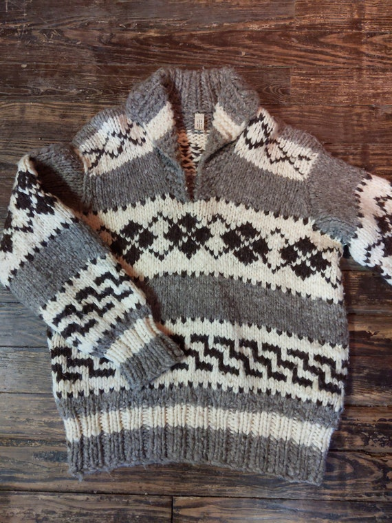 Vintage Cowichan Pullover Sweater