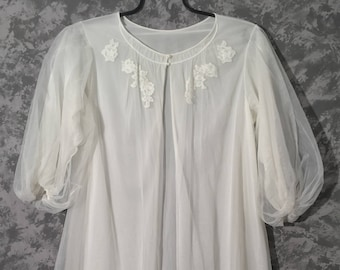 1950's Sheer White Robe