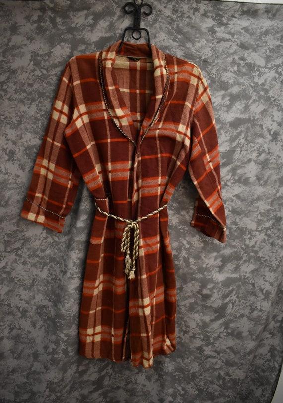 1950's Beacon Robe