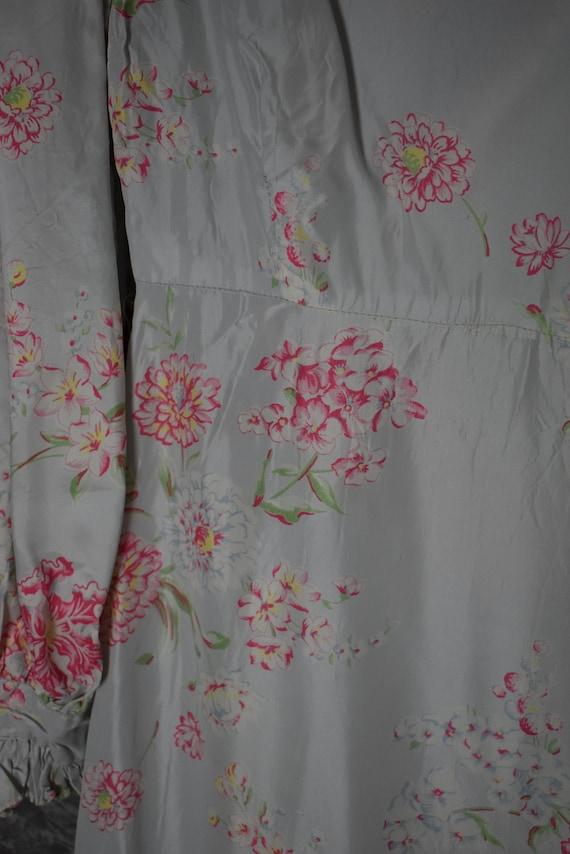 1940's Satin Floral Robe - image 8