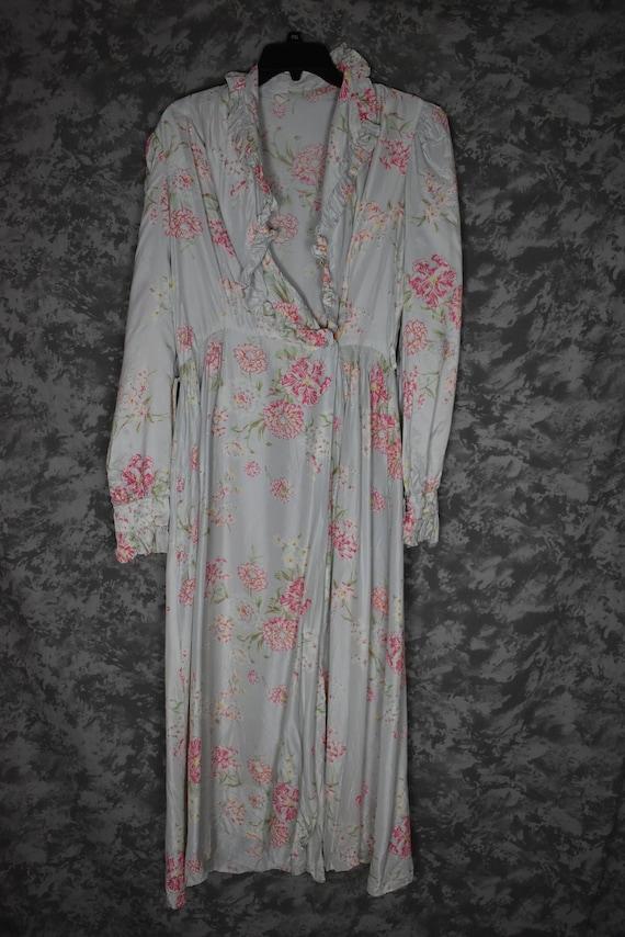 1940's Satin Floral Robe - image 1
