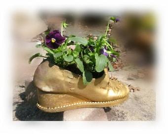 Patio Planter - Garen decor- Garden art - Shoe planter - flower planter - outdoor planter , # 11