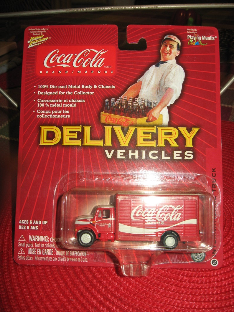 NIB Vintage Johnny Lightning Coco-Cola International HO Scale 1/87th  Delivery Truck, 8yrs Up - Coca Cola or Train Collectors!!!