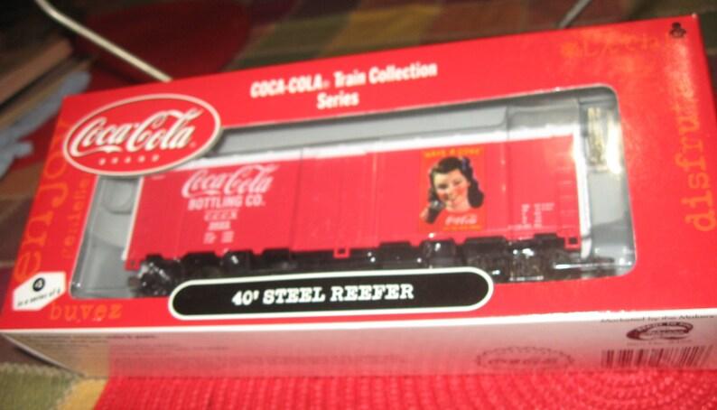 NIB Vintage Coca Cola Train HO 1/87th 40' Steel Reefer #3 of 6 by Athearn  8yrs Up - Coca Cola or Train Collectors!!!