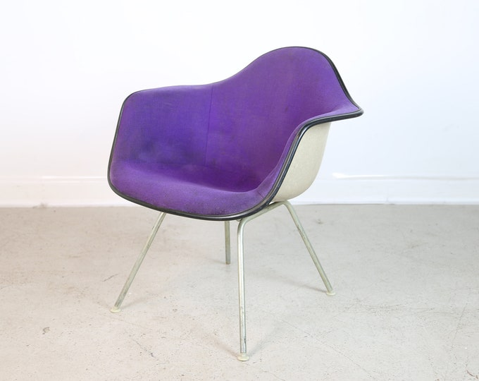 Mid Century Modern Herman Miller Purple Upholstered EAMES SHELL CHAIR.