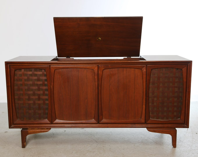 1963 Victor by RCA Walnut RECORD player CABINET