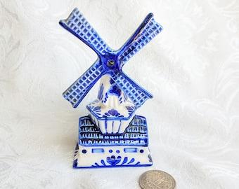 Vintage Miniature Delft Blue Windmill, Dutch Windmill Delfts Blue, Blue and White Windmill, Blue and white Decor, Holland souvenir