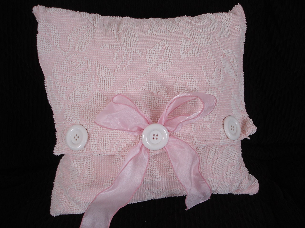 Chenille,Pillow,Pocket,18,inch,Vintage,Upcycled,Quilt,Housewares,chenille,upcycled,vintage,pillow,pillow_pocket,pillow_shell,pink_chenille,for_your_home_shop,pillow_form,home_decor,bedroom_decor,living_room_decor,throw_pillow,cotton chenille,ribbon,plastic