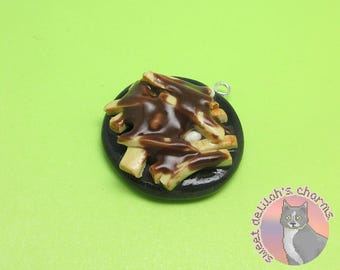 Poutine Charm - Choose your attachment! polymer clay charms, jewelry, keychain, necklace, phone strap, dust plug, key ring