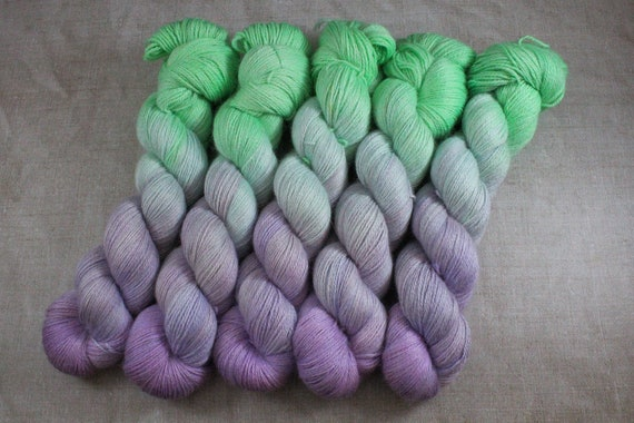 Silky Alpaca Fingering Weight, 4ply, Yarn - Gloworm