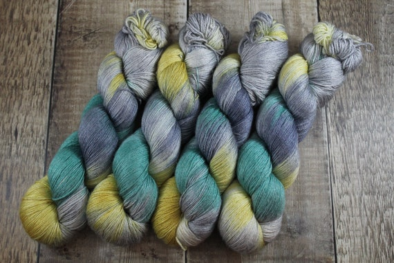 Hand Dyed Sock Yarn, 4ply, Plus Size Skein, 150g/600m, BFL and Silk - Hello Sailor