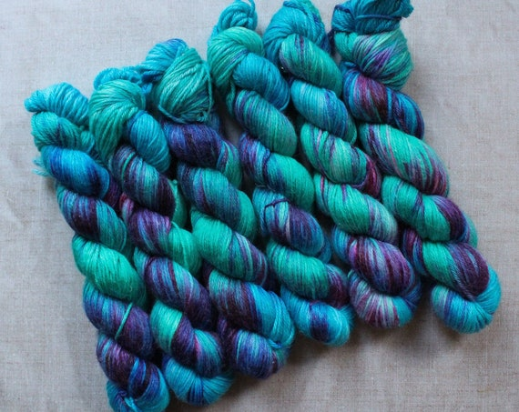 DK Yarn, Merino and Bamboo - Get in the sea