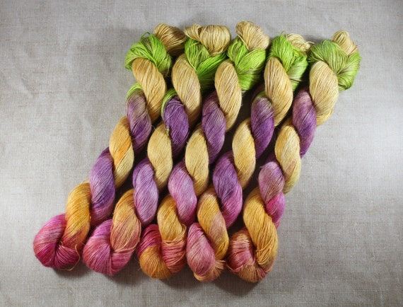 Hand Dyed Planty Yarn, Plant Yarn, Natural Fibres, Plant Based Yarn, 4ply Yarn, Fingering Weight Yarn - Crumble