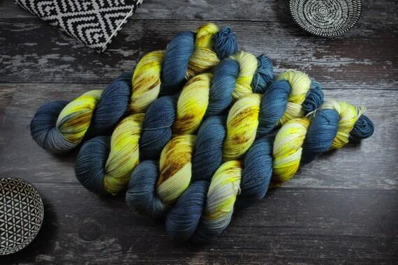 Hand Dyed Ultimate Sock Yarn, BFL High Twist, Micro Self Striping Yarn - Stars in The Sky