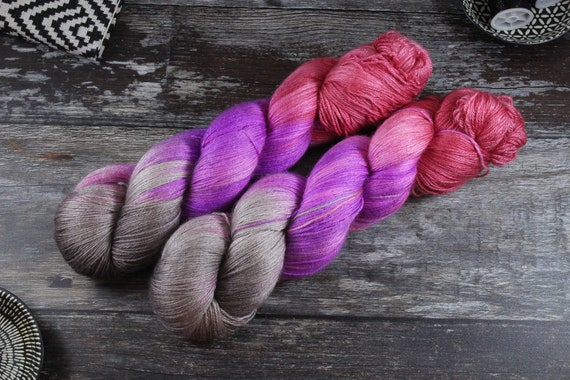 Hand Dyed Sock Yarn, 4ply, Plus Size Skein, 150g/600m, BFL and Silk - Mohawk