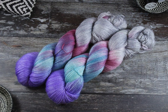 Hand Dyed Sock Yarn, 4ply, Plus Size Skein, 150g/600m, BFL and Silk - Firework