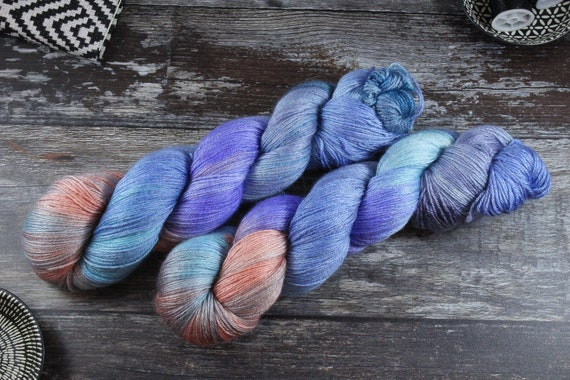 Hand Dyed Sock Yarn, 4ply, Plus Size Skein, 150g/600m, BFL and Silk - Coming Home
