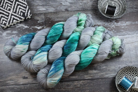 Hand Dyed Ultimate Sock Yarn, BFL High Twist - Reef Stripe